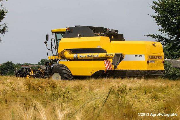 New Holland TC 5070 (29)
