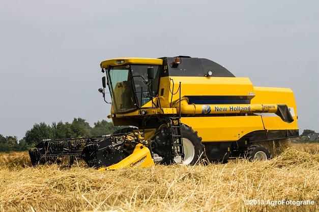 New Holland TC 5070 (6)
