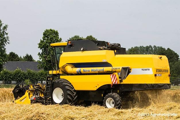 New Holland TC 5070 (9)