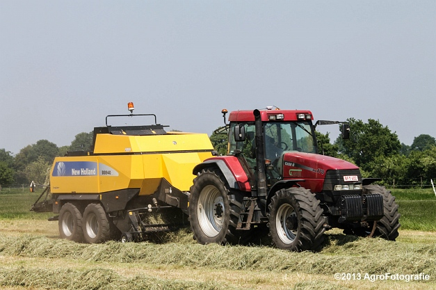 Case IH MX 170 + New Holland BB940A-18