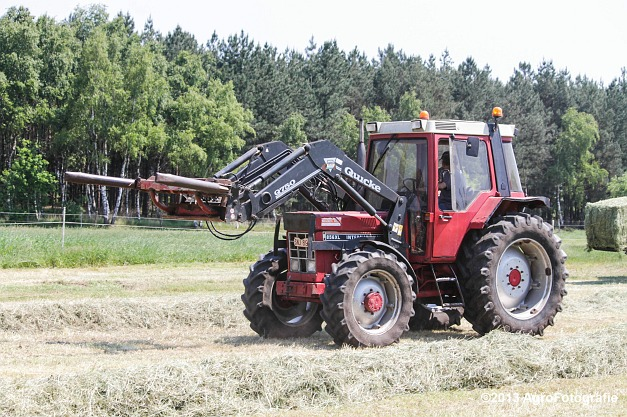 Case IH MX 170 + New Holland BB940A-21