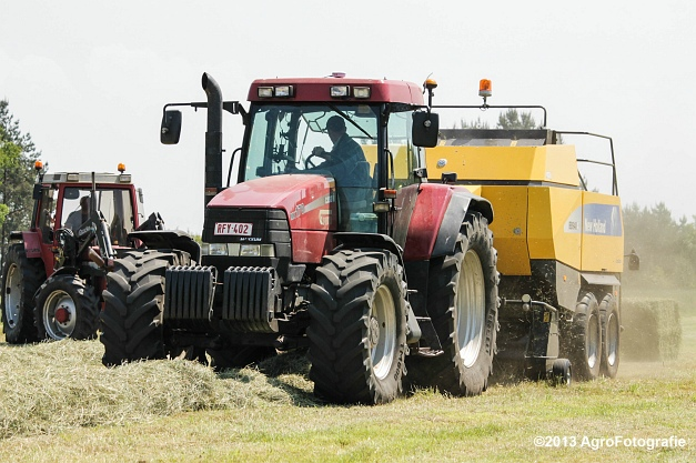Case IH MX 170 + New Holland BB940A-23
