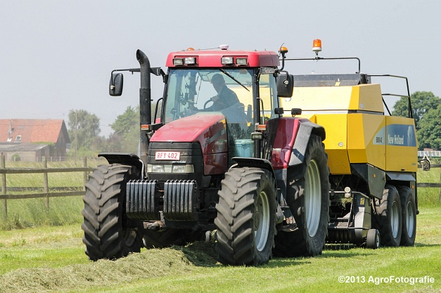 Case IH MX 170 + New Holland BB940A-5