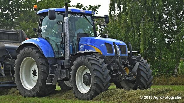 New Holland T6080 + Kuhn VBP 2160 (10)