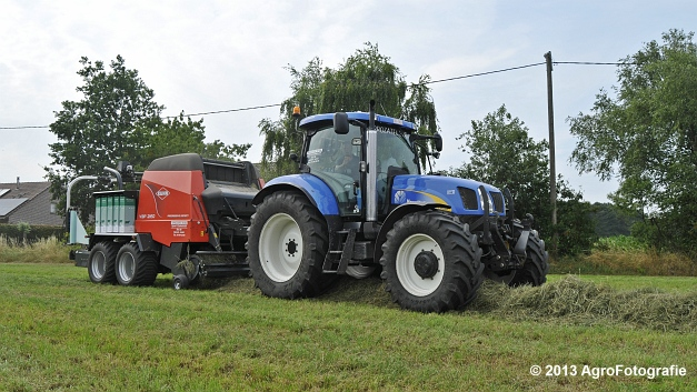 New Holland T6080 + Kuhn VBP 2160 (11)