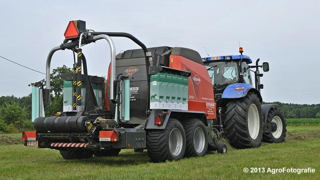 New Holland T6080 + Kuhn VBP 2160 (14)