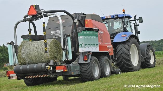 New Holland T6080 + Kuhn VBP 2160 (16)