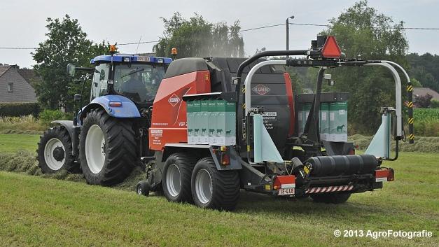 New Holland T6080 + Kuhn VBP 2160 (2)