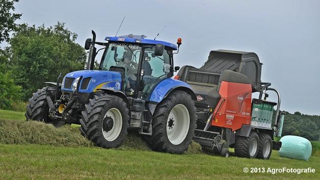 New Holland T6080 + Kuhn VBP 2160 (21)