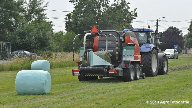 New Holland T6080 + Kuhn VBP 2160 (7)