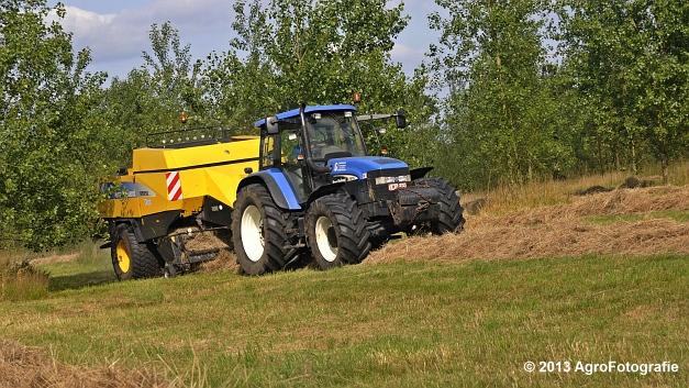 New Holland TM 155 + New Holland BB950A (1)
