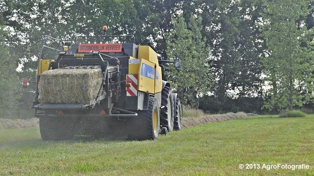 New Holland TM 155 + New Holland BB950A (10)