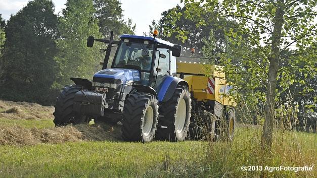 New Holland TM 155 + New Holland BB950A (11)