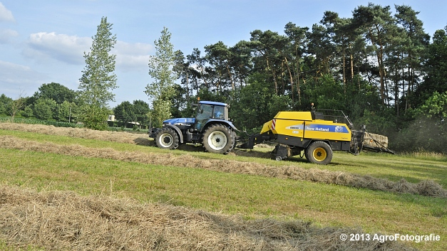 New Holland TM 155 + New Holland BB950A (14)