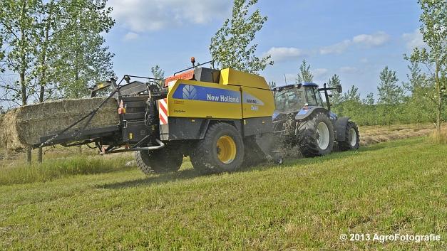 New Holland TM 155 + New Holland BB950A (16)