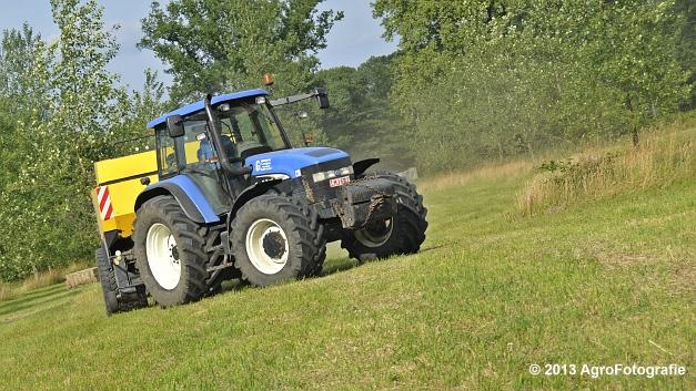 New Holland TM 155 + New Holland BB950A (17)
