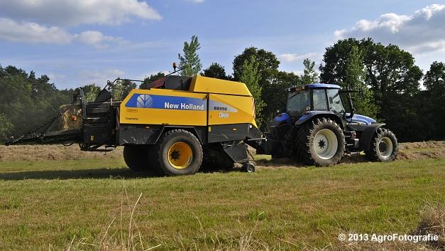 New Holland TM 155 + New Holland BB950A (4)