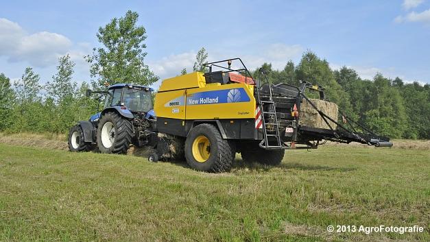 New Holland TM 155 + New Holland BB950A (6)