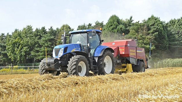 New Holland T7030 + New Holland BB940 (10)