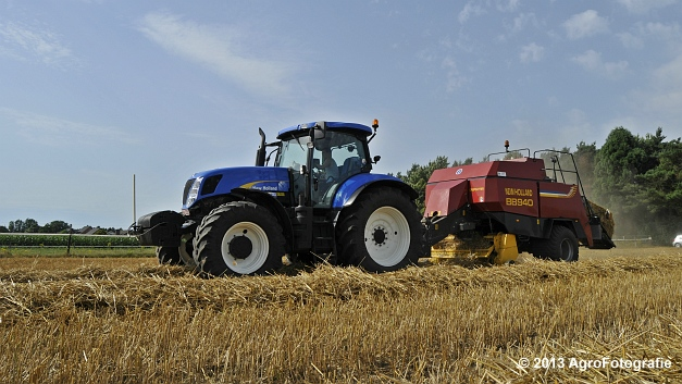 New Holland T7030 + New Holland BB940 (11)
