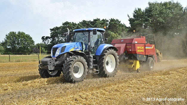 New Holland T7030 + New Holland BB940 (12)