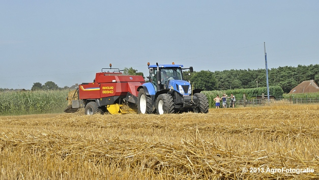 New Holland T7030 + New Holland BB940 (16)