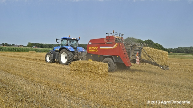 New Holland T7030 + New Holland BB940 (20)