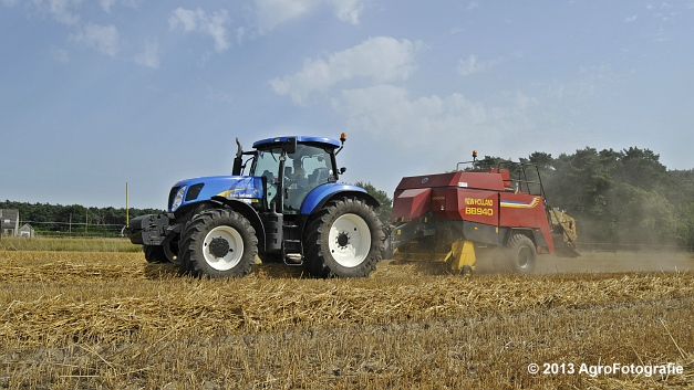 New Holland T7030 + New Holland BB940 (7)