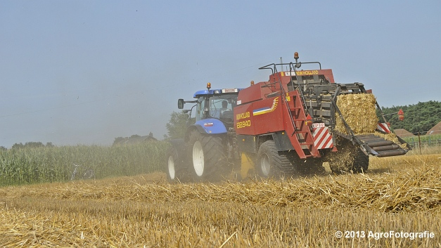 New Holland T7030 + New Holland BB940 (9)