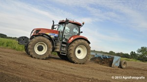 New Holland T7030 (11)