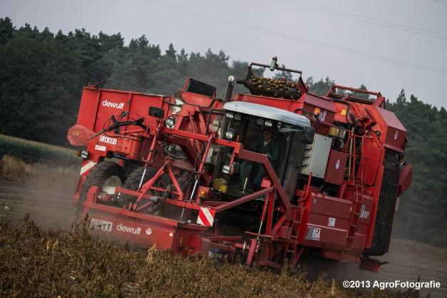 Deutz-Fahr + Grimme & Dewulf R3000 Mega-25