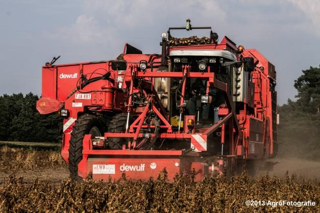 Deutz-Fahr + Grimme & Dewulf R3000 Mega-5