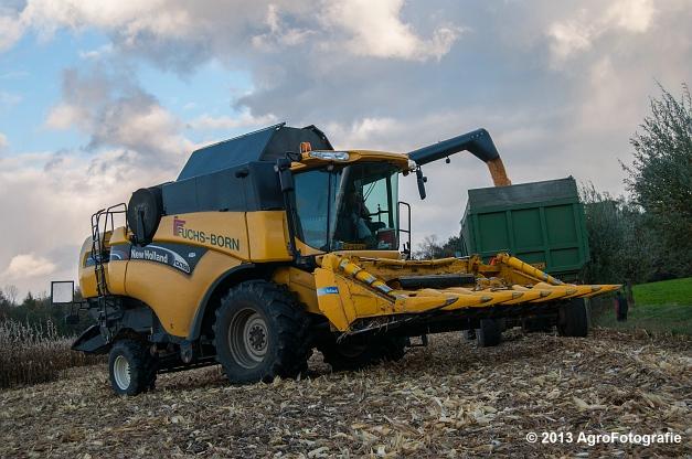 New Holland CX 780 (Fuchs) (17 van 21)