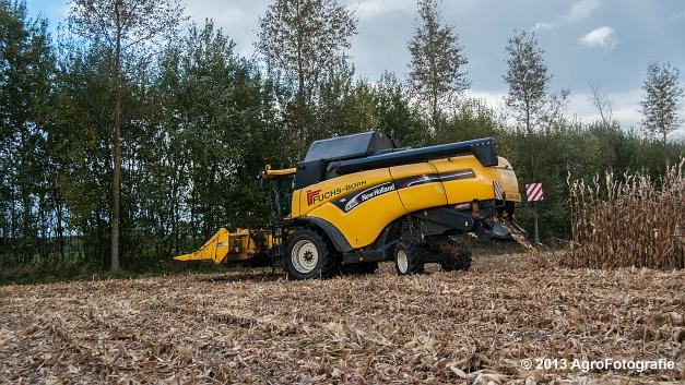 New Holland CX 780 (Fuchs) (6 van 21)
