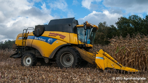 New Holland CX 8050 (16 van 20)