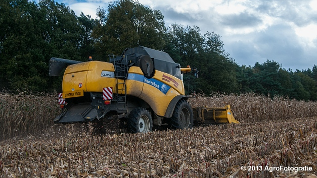New Holland CX 8050 (17 van 20)