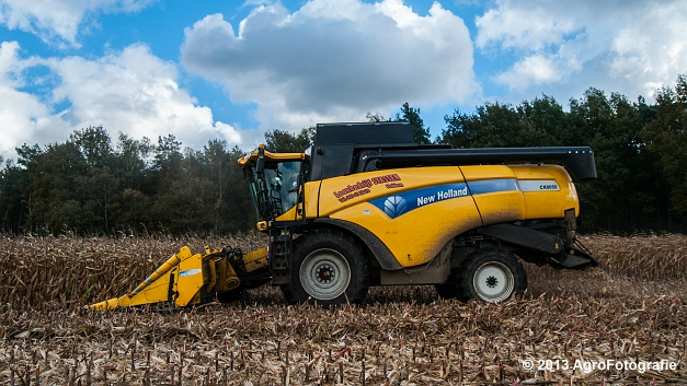 New Holland CX 8050 (9 van 20)