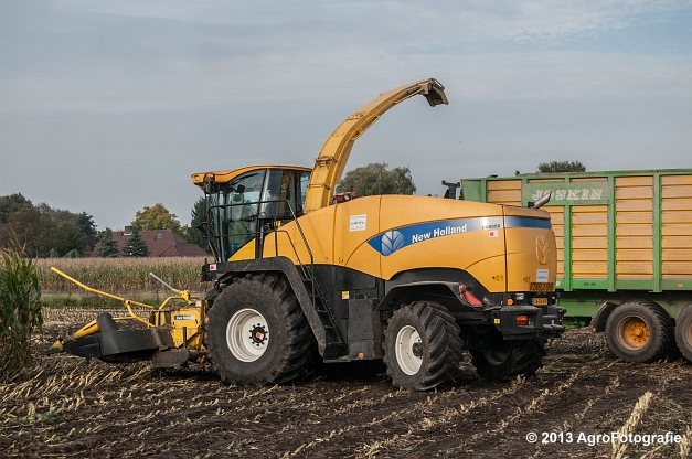 New Holland FR 9050 (16 van 24)
