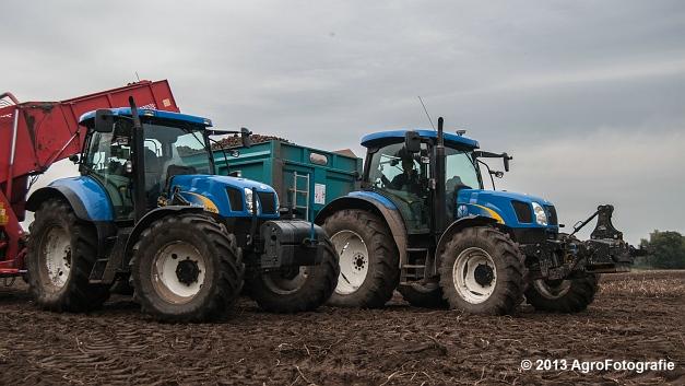 New Holland T6050 + Grimme SE 150-60 (23 van 25)