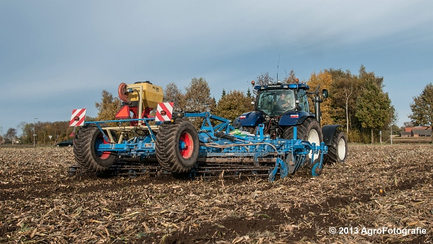New Holland T7070 BP (Roost) (17 van 23)