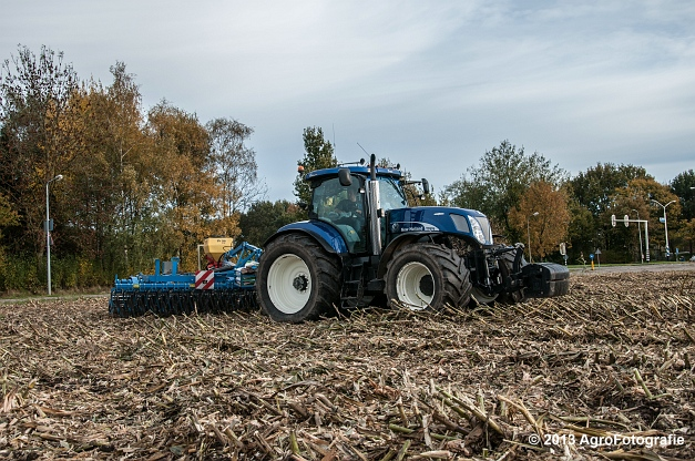 New Holland T7070 BP (Roost) (22 van 23)