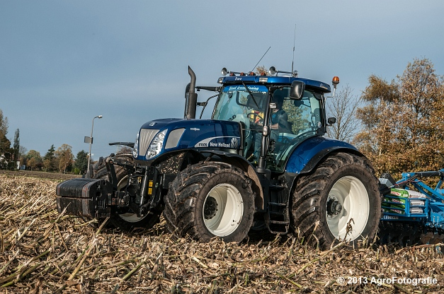 New Holland T7070 BP (Roost) (8 van 23)
