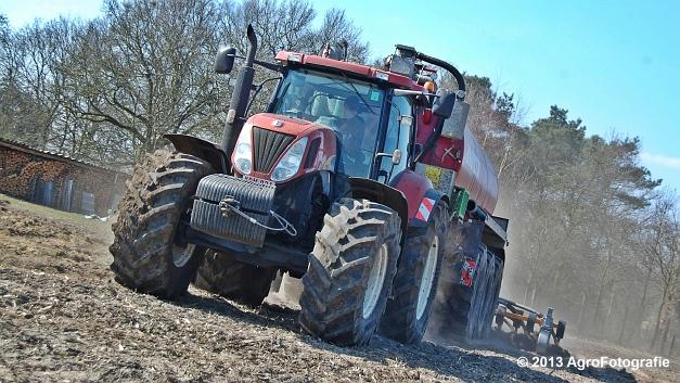 New Holland T7060 + Joskin CarGO 22500 TRM (2)