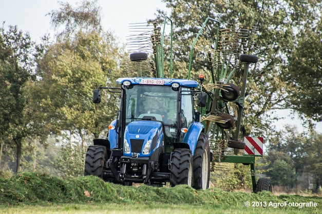 New Holland TD8 (1)