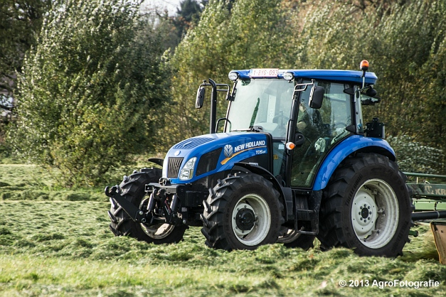 New Holland TD8 (13)