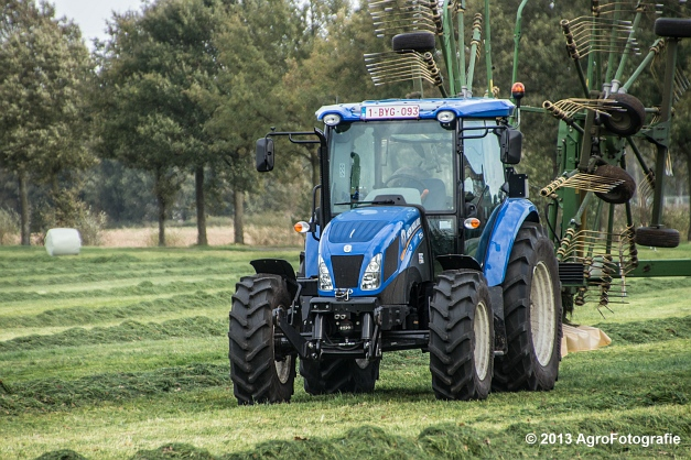 New Holland TD8 (2)