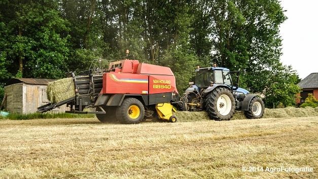New Holland TM 165 + NH BB 940 (12 van 21)