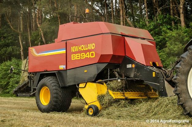 New Holland TM 165 + NH BB 940 (6 van 21)