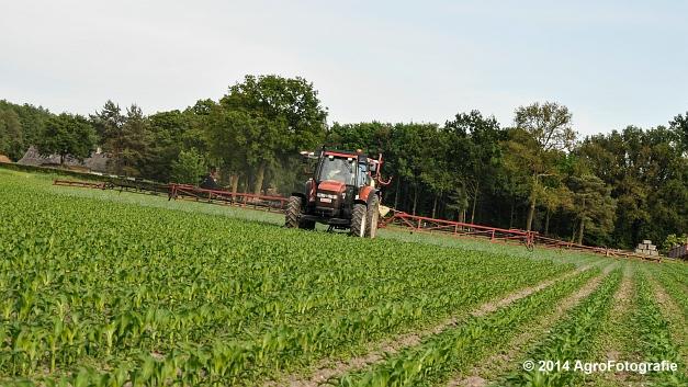 New Holland TM115 + Hardi (10 van 21)