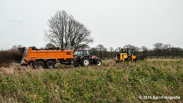 New Holland TM 155 + Dezeure (4 van 20)